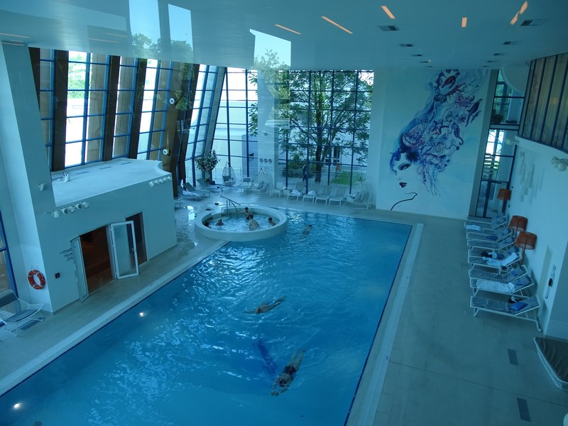 16. Piscina Double Tree
