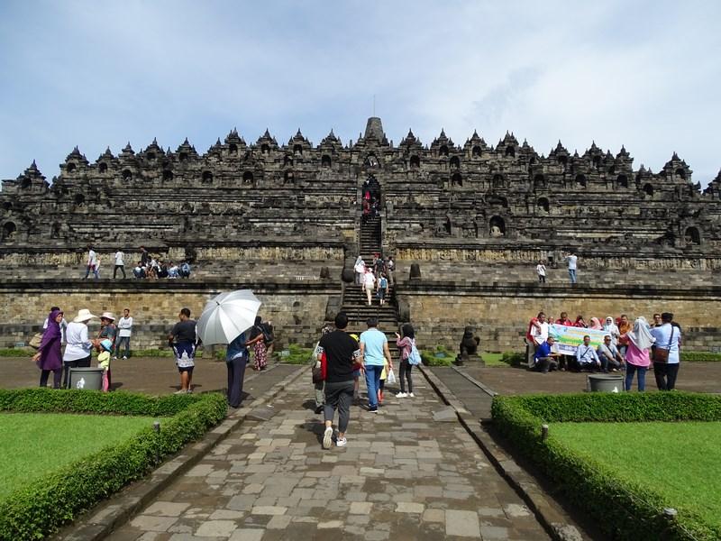17. Intrare Borobudur
