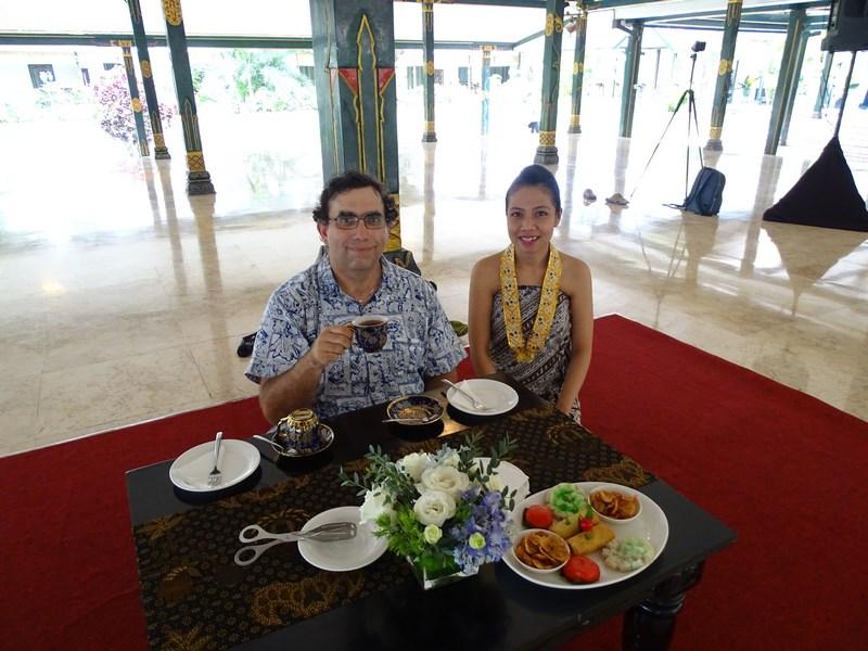 19. Hostessa Indonezia