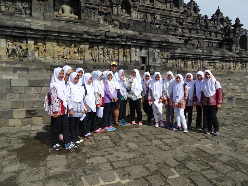 19. Scolarite Indonezia