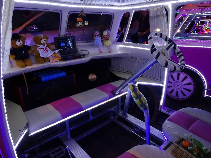28. In interior masina