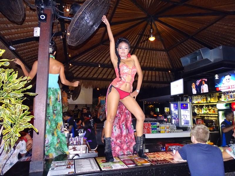 29. Strip tease Bali