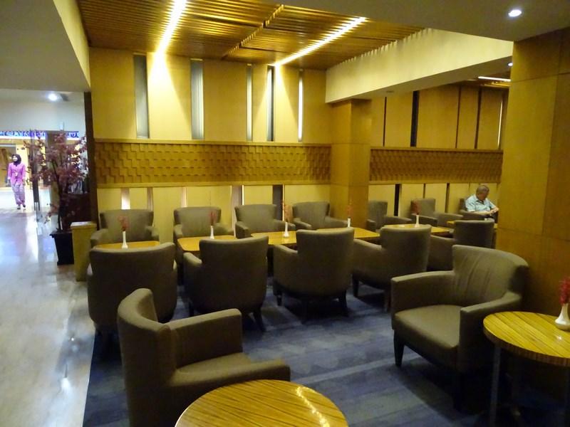 35. Business lounge TK - Jakarta