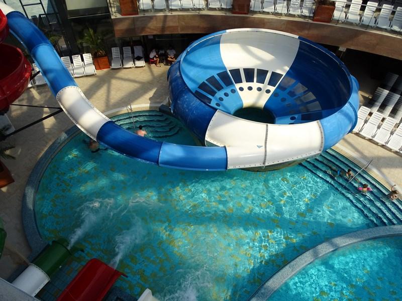 56. Aquapark Oradea - fete goale