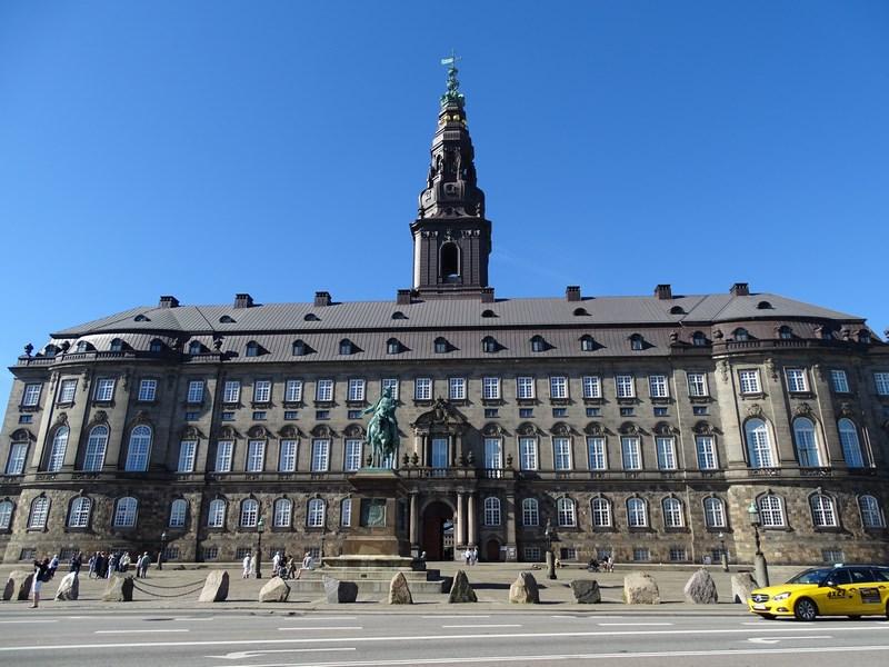 05. Christiansborg