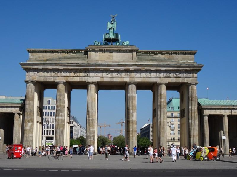 08. Poarta Brandenburg
