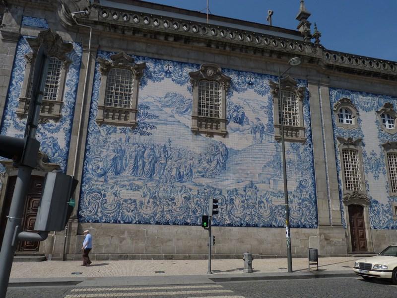 12. Azulejos in Porto