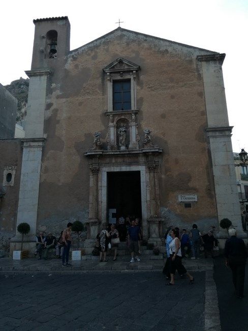 13. Biserica Taormina
