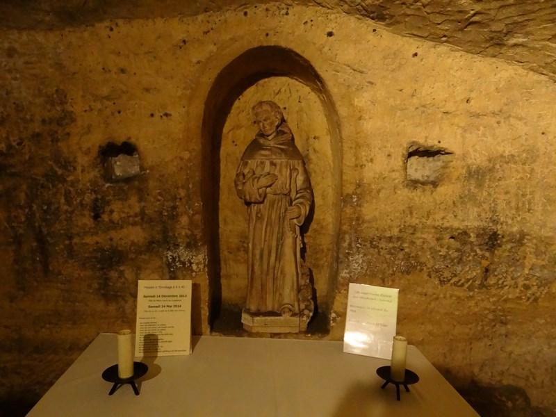 19. Cripta subterana