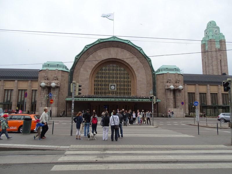 01. Gara Helsinki