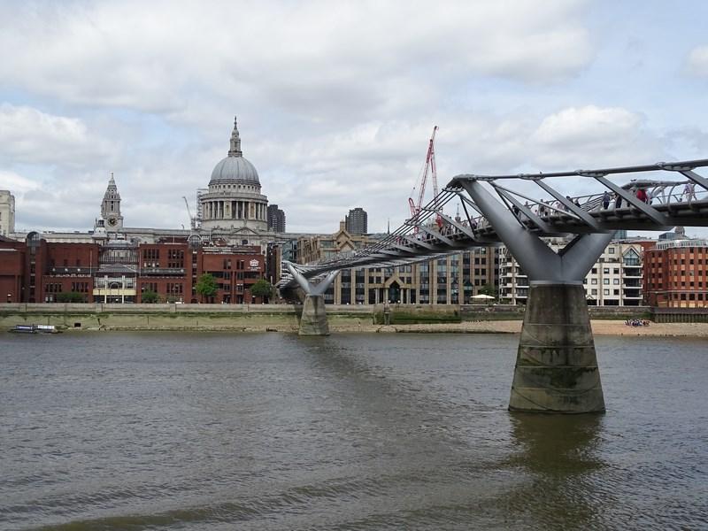 18. Millenium Bridge
