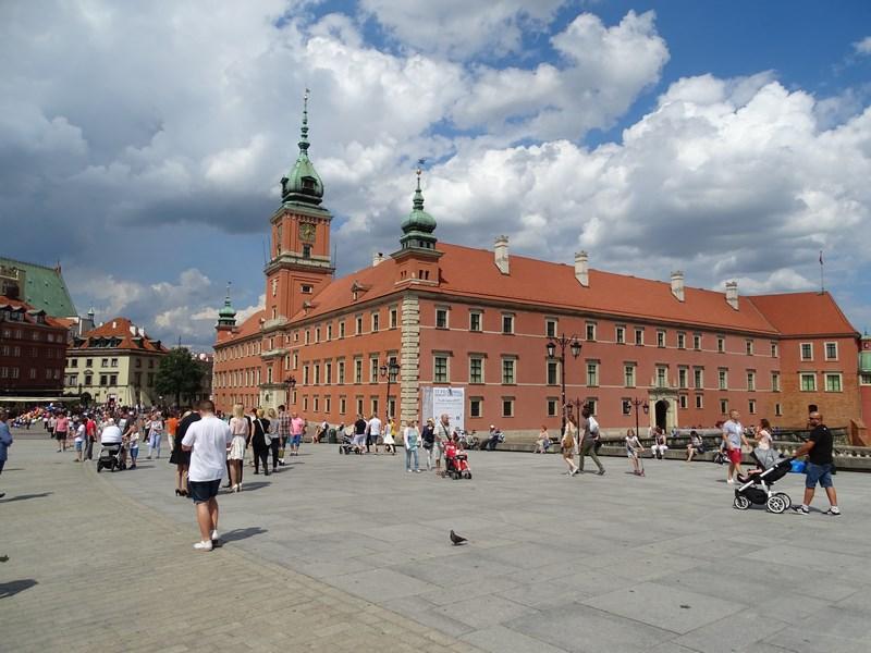 28. Palat Varsovia