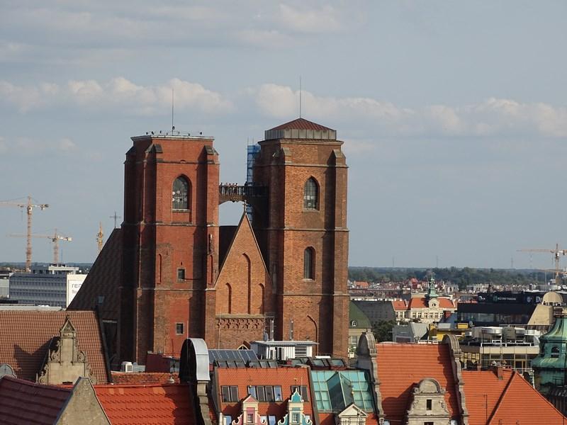 . Biserica Sf Maria Magdalena