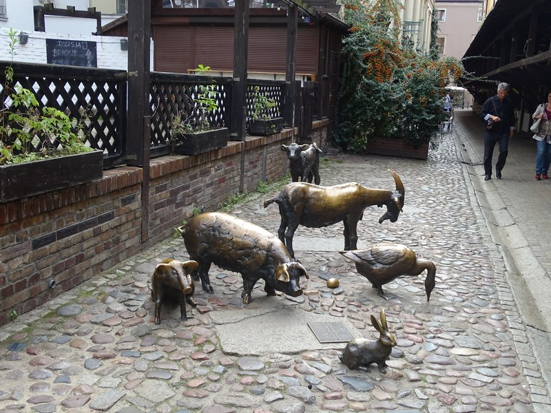 . Memorialul Animalelor Sacrificate