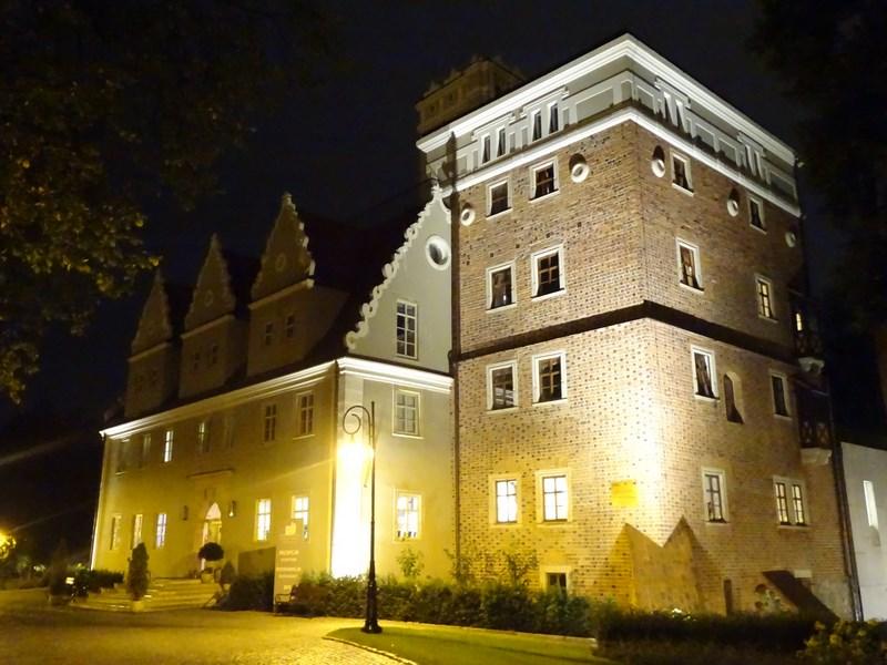 . Castel Topacz