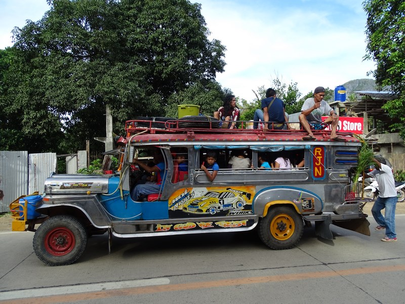 Autobuz Filipinez