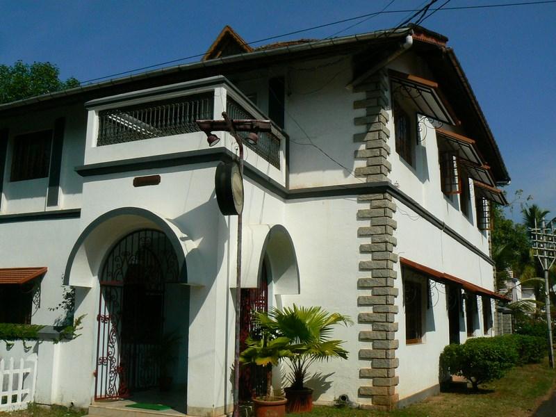 . Casa Coloniala