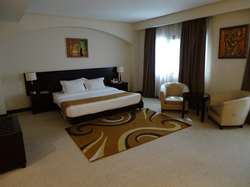 . Camera Hotel Monroe