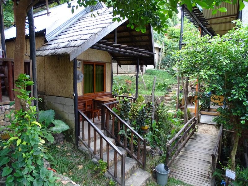 Novies Tourist Inn Corong Corong