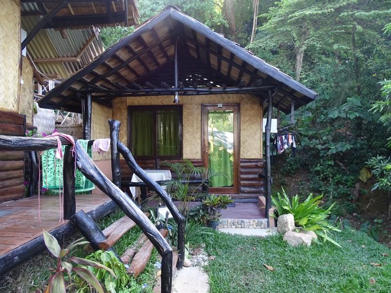 Novies Tourist Inn El Nido