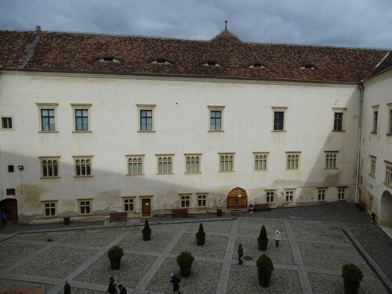 Interior Cetatea Fagarasului