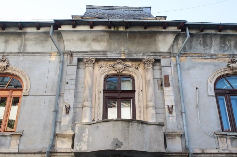 Cladire Bucuresti