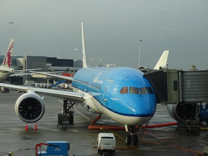 . KLM Dreamliner