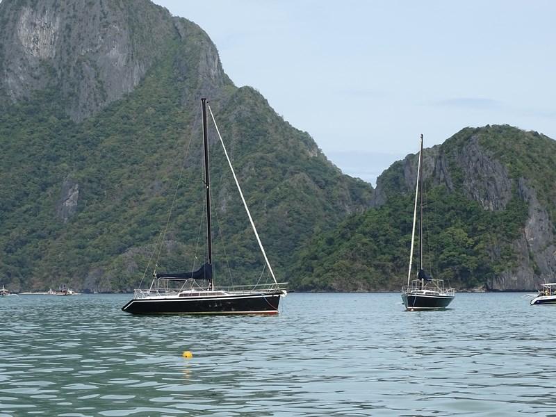 Sailing El Nido