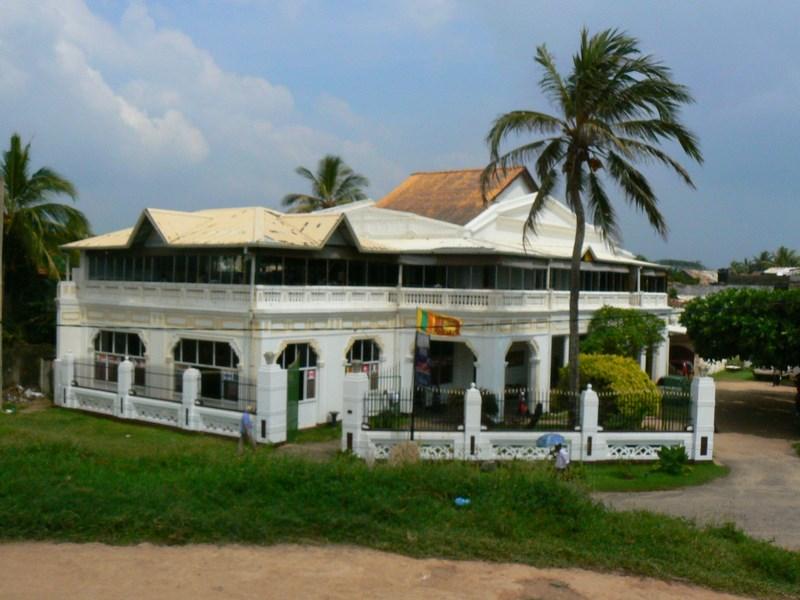Cladire Coloniala