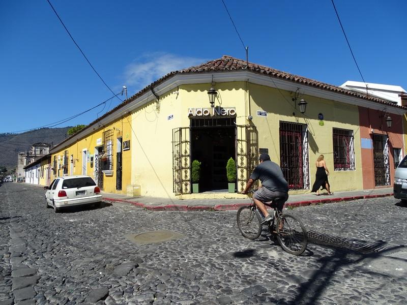 Colt Antigua Guatemala