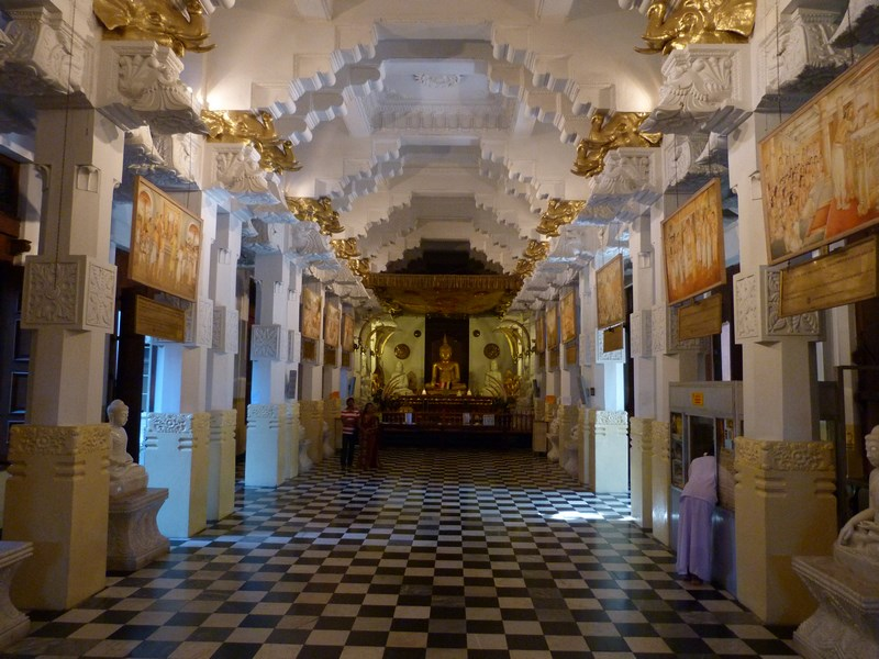 Templul Dintelui Kandy
