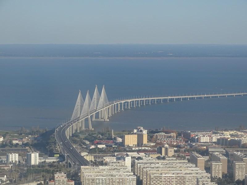 Podul Vasco Da Gama