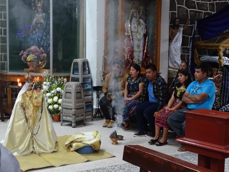 Ceremonie Maya Catolica