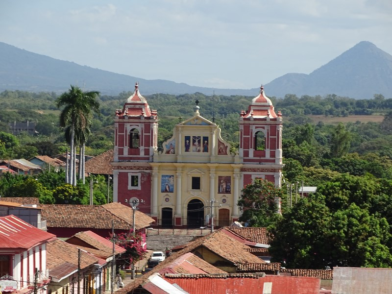 Biserica Leon