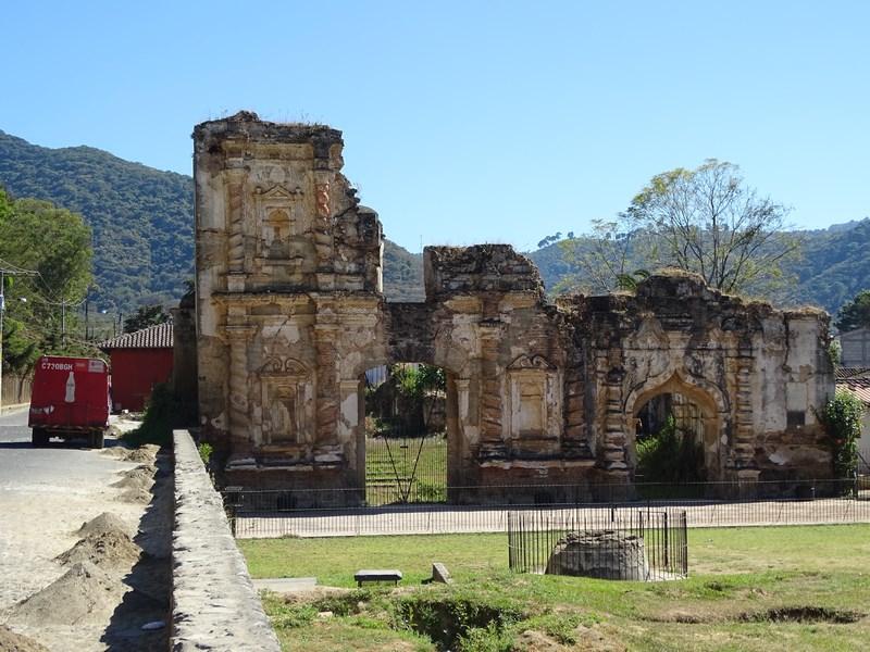 Ruina Biserica