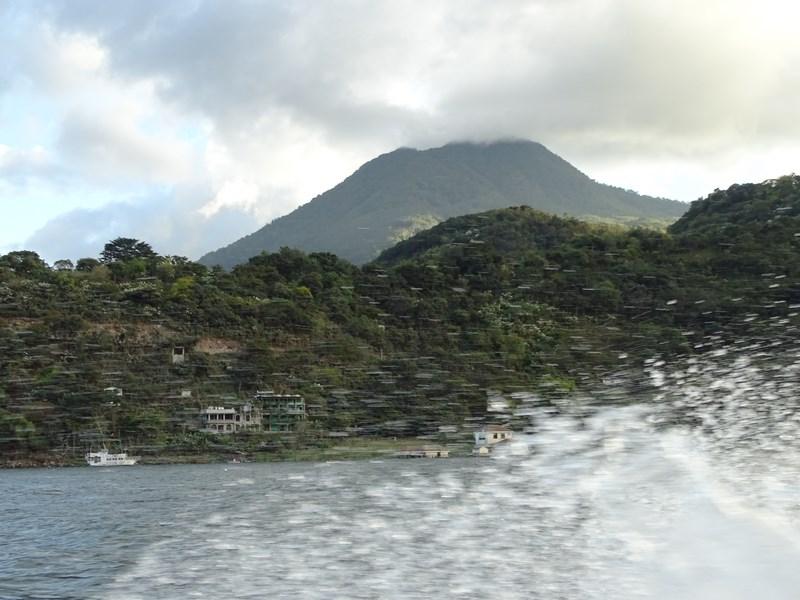 Pe Lacul Atitlan