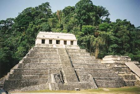 . Templo De Los Inscriciones La Palenque