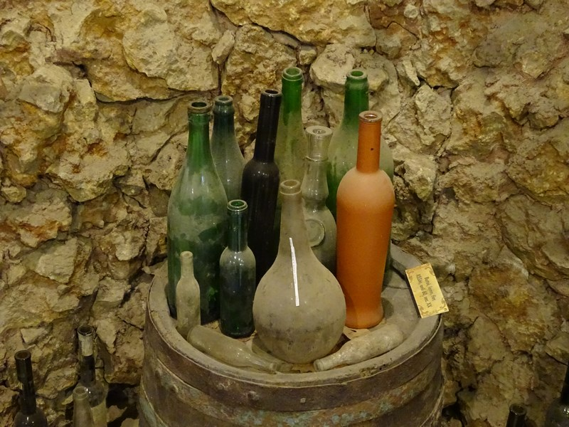 Vechi Sticle De Vin