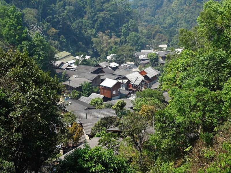 Satul Mae Kampong