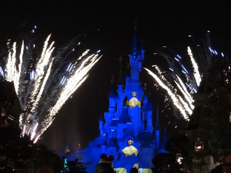 Spectacol Noapte Disneyland