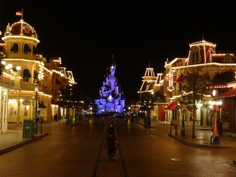 Main Street Noaptea