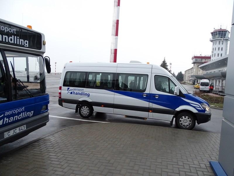 Microbuz Business Class TAROM