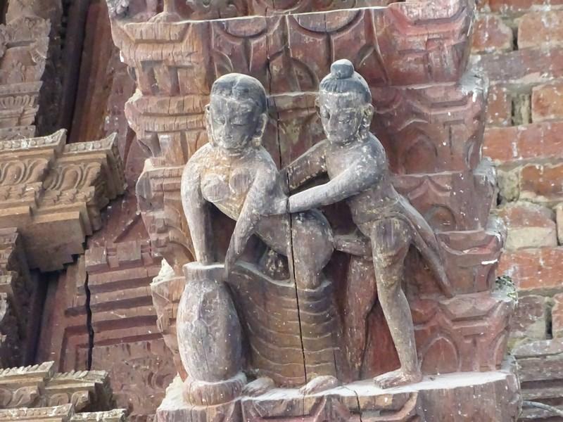 Sculpturi Erotice