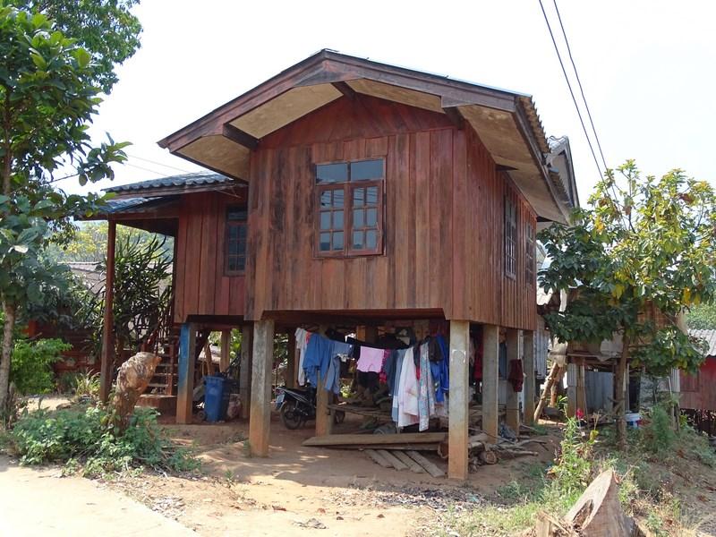 Casa Pe Piloni