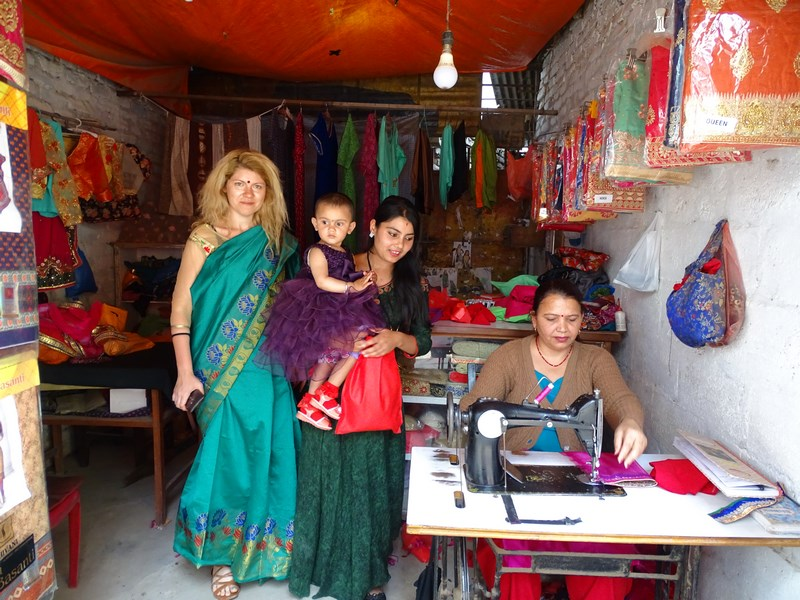 Croitor Sari