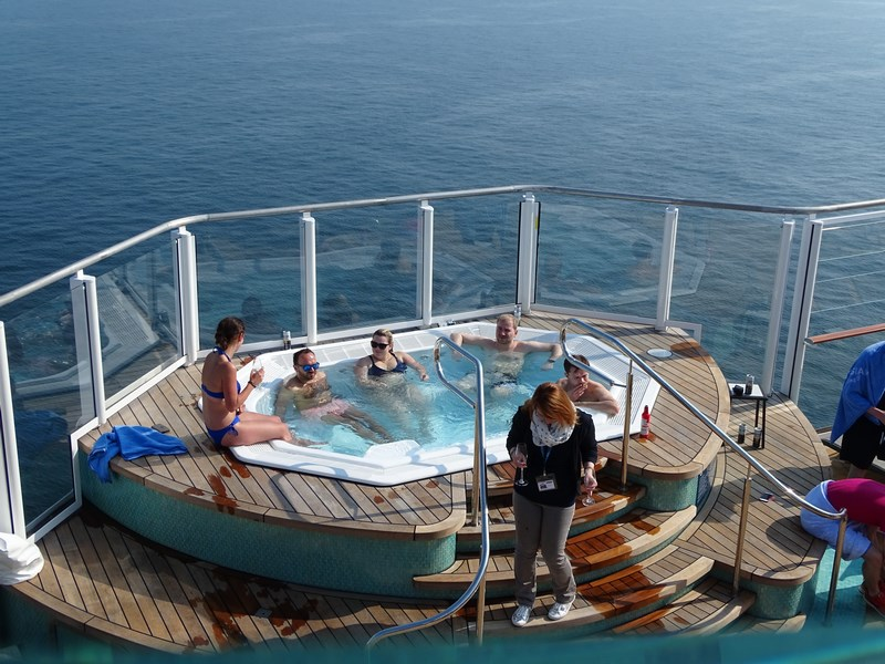 Jacuzzi Norwegian Bliss