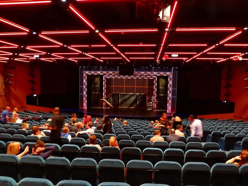 Sala Spectacole Norwegian Bliss