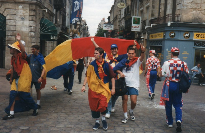 . Suporteri Romani