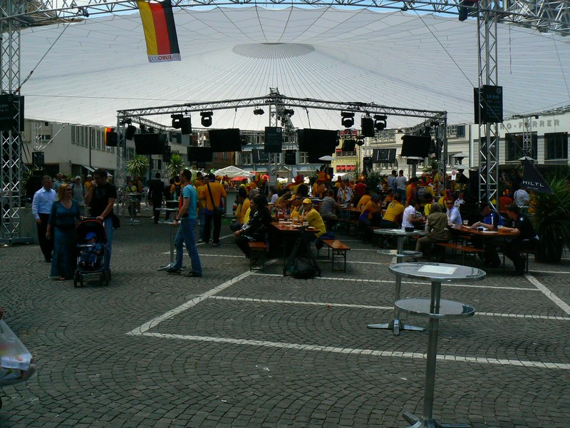 Restaurant Fan Zone
