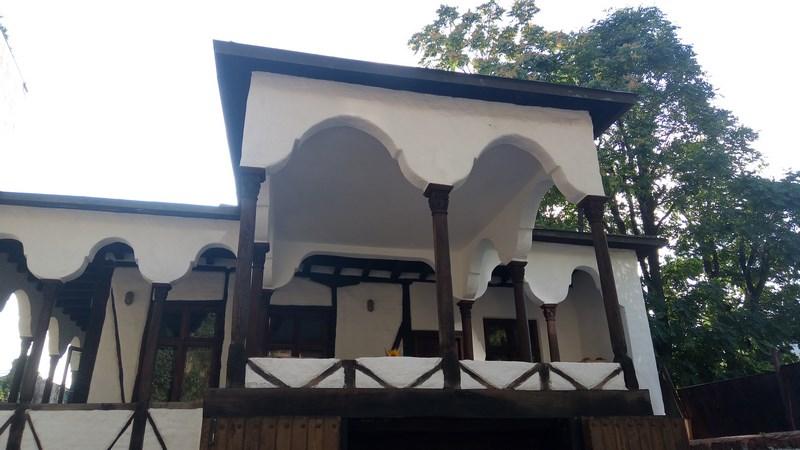 Casa Cu Targovet